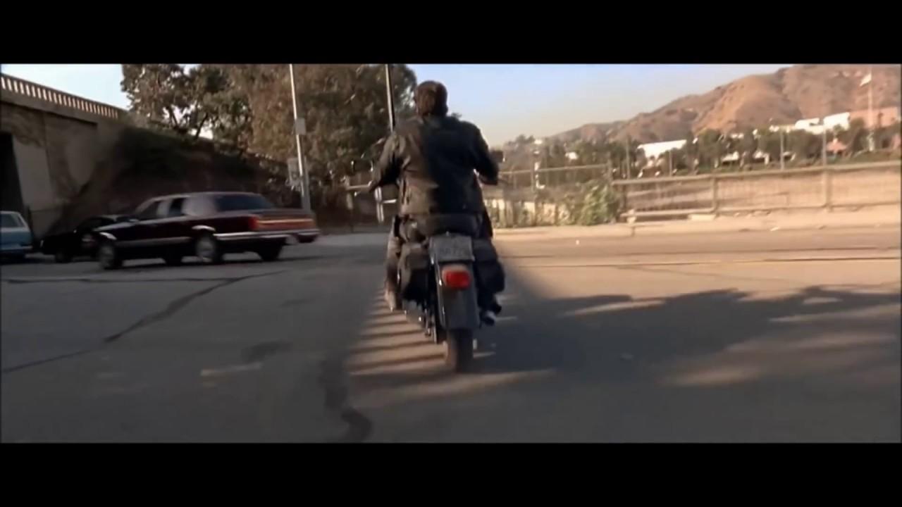 O EXTERMINADOR DO FUTURO 2 CENA DA MOTO SALVANDO JOHN CONOR HD 1080P
