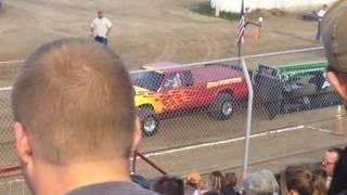 Badass Chevrolet s10 pulling truck