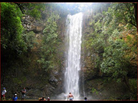 Visiting Wailua Falls, Waterfall in Hawaii, United States