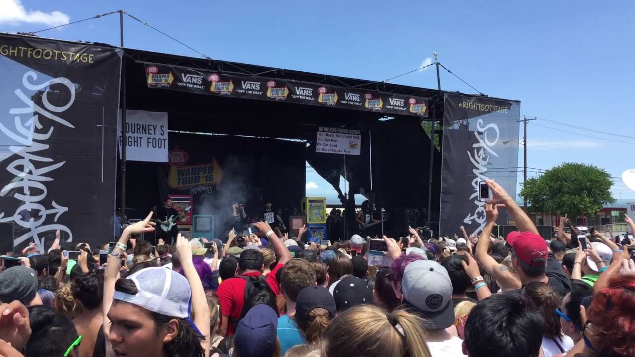 Issues Live Warped Tour