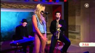 Mr. Saxo Beat - Alexandra Stan - live  akustisch im ARD Morgenmagazin - Das Erste