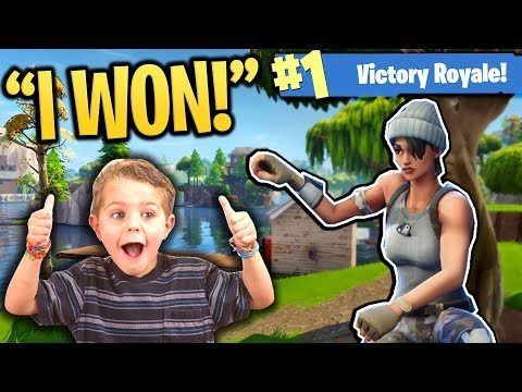 HELPING 10 YEAR OLD KID WIN HIS FIRST FORTNITE GAME!!