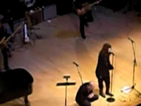 R.E.M & Patti Smith at the Carnegie Hall NY mp3
