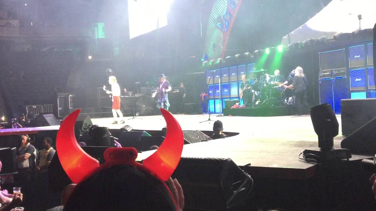ACDC w/ Axl Rose - Livewire (Live in Columbus, OH, 2016) - YouTube