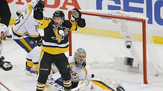 Penguins survive Predators comeback to take Game 1