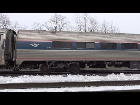 Sony FDR-AX33 Pennsylvanian Train 4K Footage, Handheld