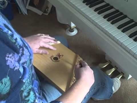 Tuning your 15-string zither or lap harp to G major.