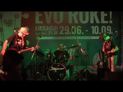 Triple Trouble Split - Live - Evo Ruke 2017