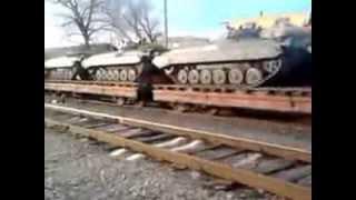 Бронетехника в городе Купянск Харьковской области(, 2014-03-18T21:04:25.000Z)