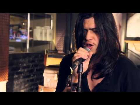 Virzha - Somebody That I Used To Know @Friday Hot Music