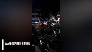 Download Video Pengeroyokan Driver Ojek Online di Geprek Bensu Lampung MP3 3GP MP4