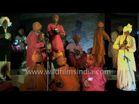 Snake Charmers mass together and play been in tribute to Bismillah Khan