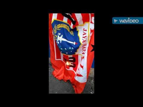 Bendera persija di bakar sama anak nj kebantenan
