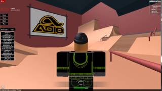 AWESOME ROBLOX SKATEBOARDING