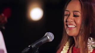 ハワイ州観光局 Raiatea Helm - The Good Old Hoʻomalimali E