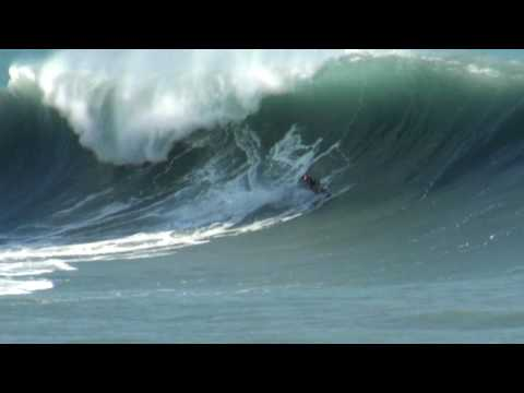 Tow-in surfing / Surf Tracté - Port Ouest - Réunion / Reunion Island - Indian Ocean