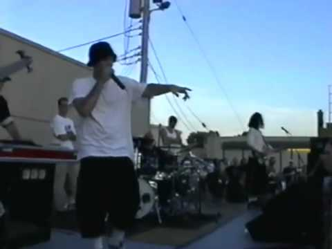 Limp Bizkit - Live Parking Lot Of 7th Heaven, Kansas City, USA 1997.07.14