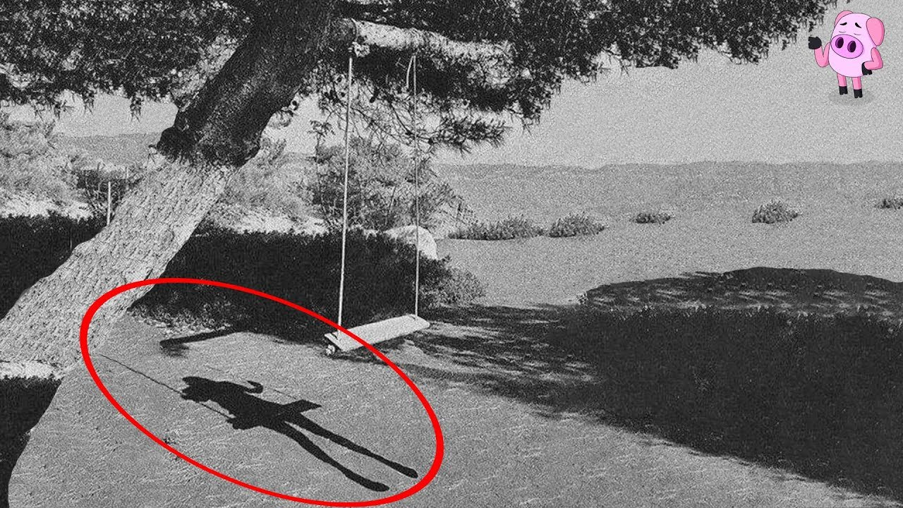 10 REAL Ghost Photos That Have the Internet Spooked - YouTube