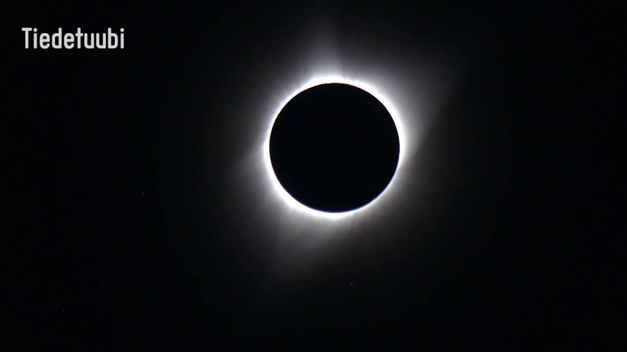 Täydellinen Auringonpimennys Suomessa