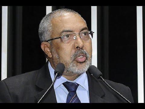 Paulo Paim relata trabalho realizado pelos senadores para atualizar o Estatuto do Trabalho