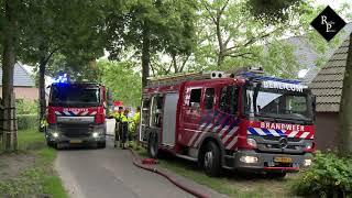 Grote brand in loods met landbouwvoertuigen Sint Michielsgestel
