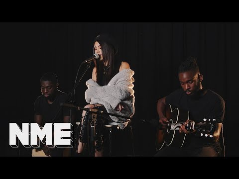 Madison Beer - 'Dead' I Basement Sessions