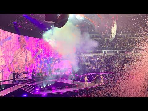 Sucker - Jonas Brothers | Happiness Begins Tour | Chicago