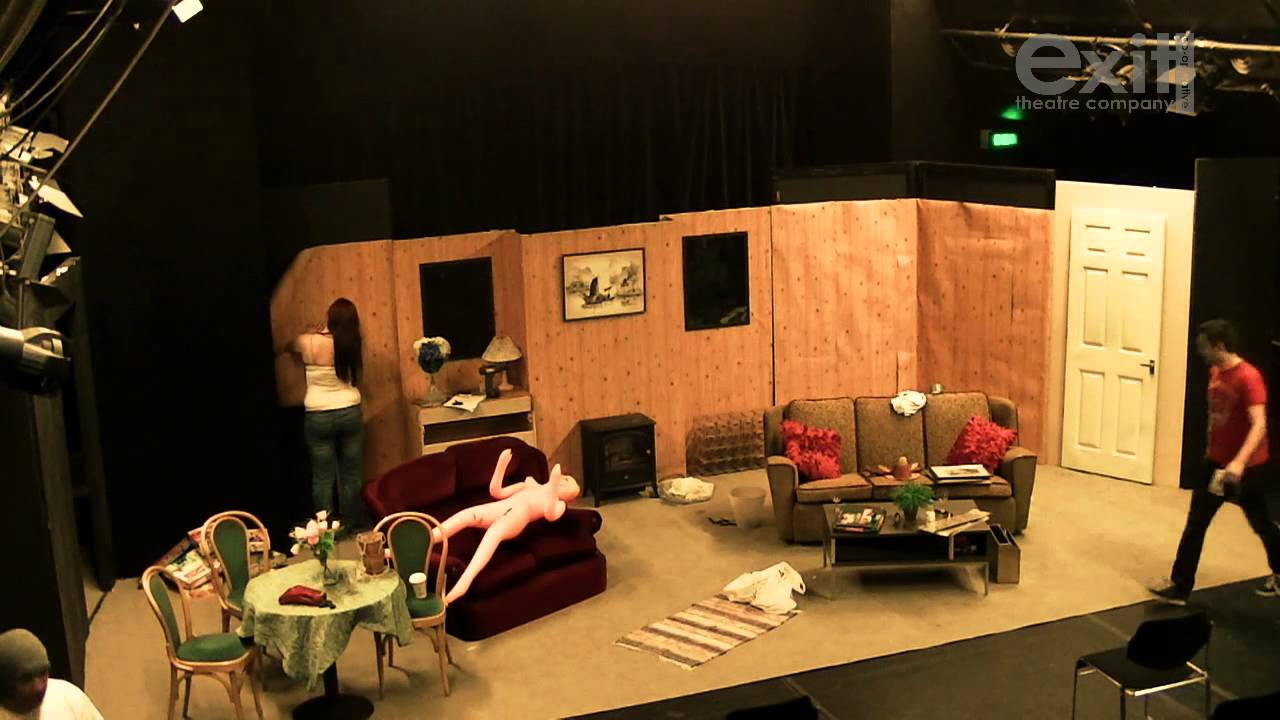 The Bloody Bride  Time lapse set construction at theatre