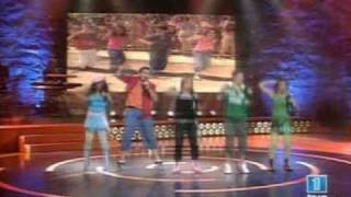 Eurojunior 3+2 Girando El Baile de la Ola