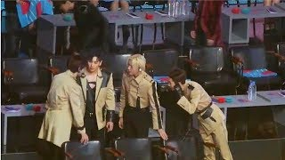V Caught Attention by Helping NUEST'W