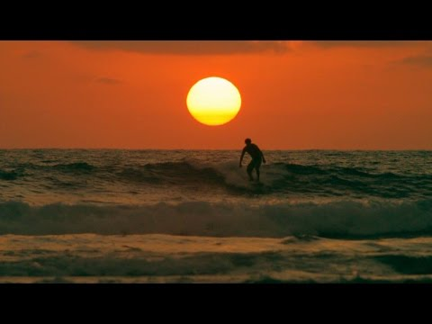 Montañita:  Sun, Surfing & Party Life - documentary film