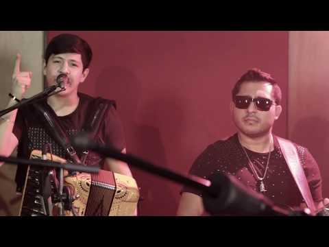 El Fifty  -  Enigma Norteño ft Los Nuevos Ilegales En Vivo 2018