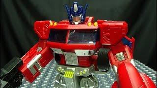 JuJiang SUPREME LEADER (KO Upscaled Classics Optimus Prime): EmGo's Transformers Reviews N' Stuff