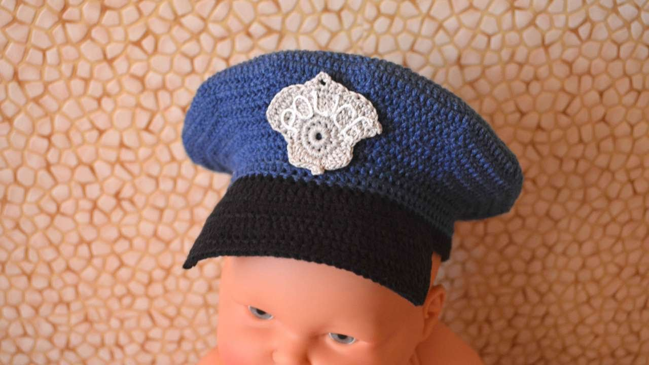 How To Make A Policeman Hat - DIY Crafts Tutorial - Guidecentral - YouTube c7fab98ba29