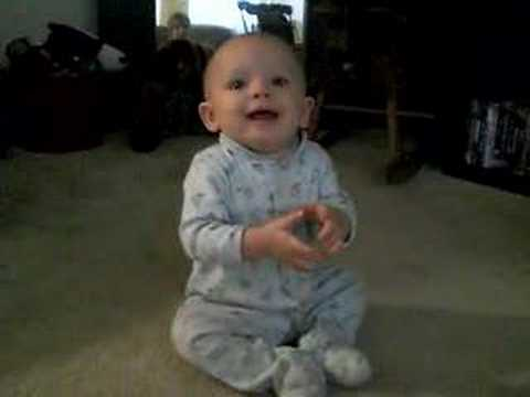 Baby clapping - YouTube
