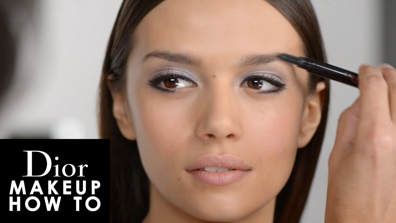 dior makeup how to la mirada espectacular de las pasarelas con diorshow youtube. Black Bedroom Furniture Sets. Home Design Ideas
