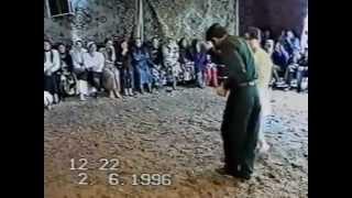 Дагестанская свадьба.Лихие 90 г.Почти лезгинка)))