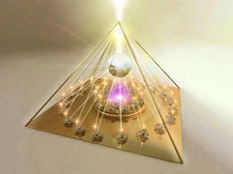Pyramid Meditation-4444