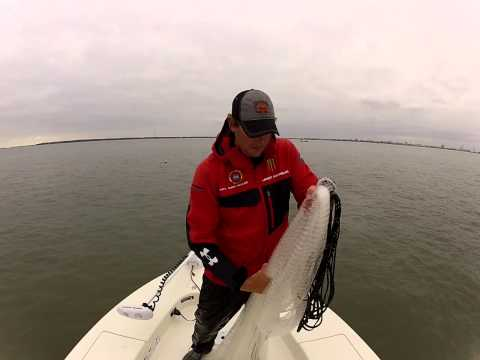 How to throw a 10 foot cast net Travel Video