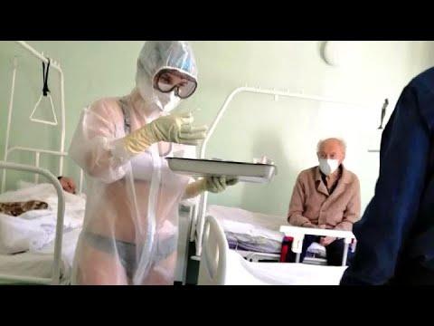 Медсестра в бикини: мнения туляков разделились