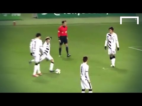 Forlan scores brilliant top corner Free Kick