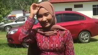 Melayu baju ketat