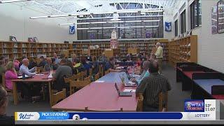 Huntingdon-School Board Discusses Possible School Closure