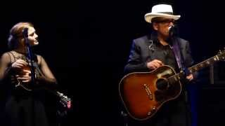 Elvis Costello & Larkin Poe - That's Not The Part Of Him You're Leaving - live Munich 2014-10-13