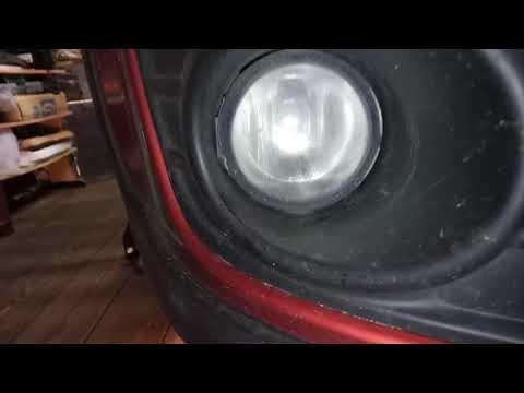 Замена ламп в ПТФ на LED Suzuki SX4