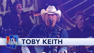 Toby Keith Performs That's Country Bro