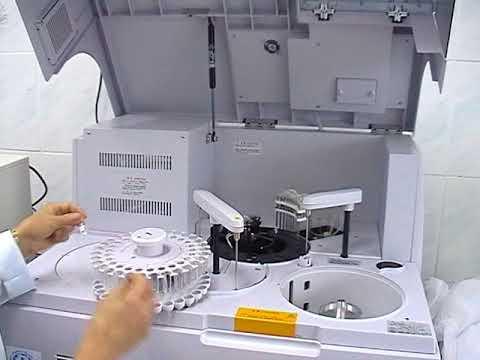 Кузнецк, сентябрь 2007, Новое оборудование для лаборатории детской больницы