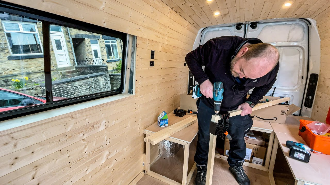 Camper van conversion | How we build the bed / dining area