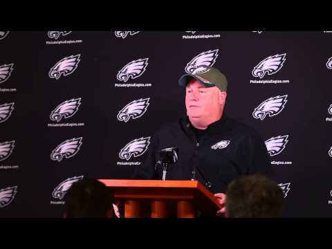 Chip Kelly responds to favoring white players