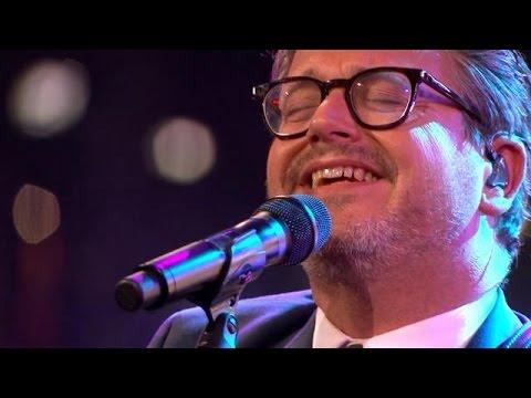 Guus Meeuwis - Wat zou Elvis doen? - RTL LATE NIGHT